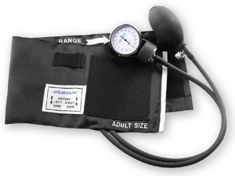 Classic-aneroid-sphygmomanometer-VM20A