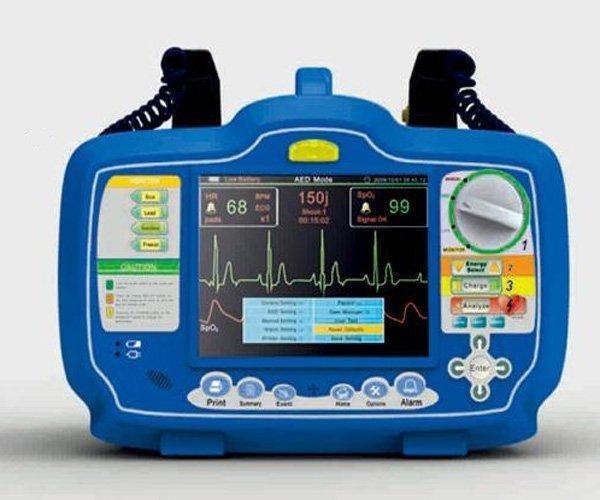 Defibrillator DM7000